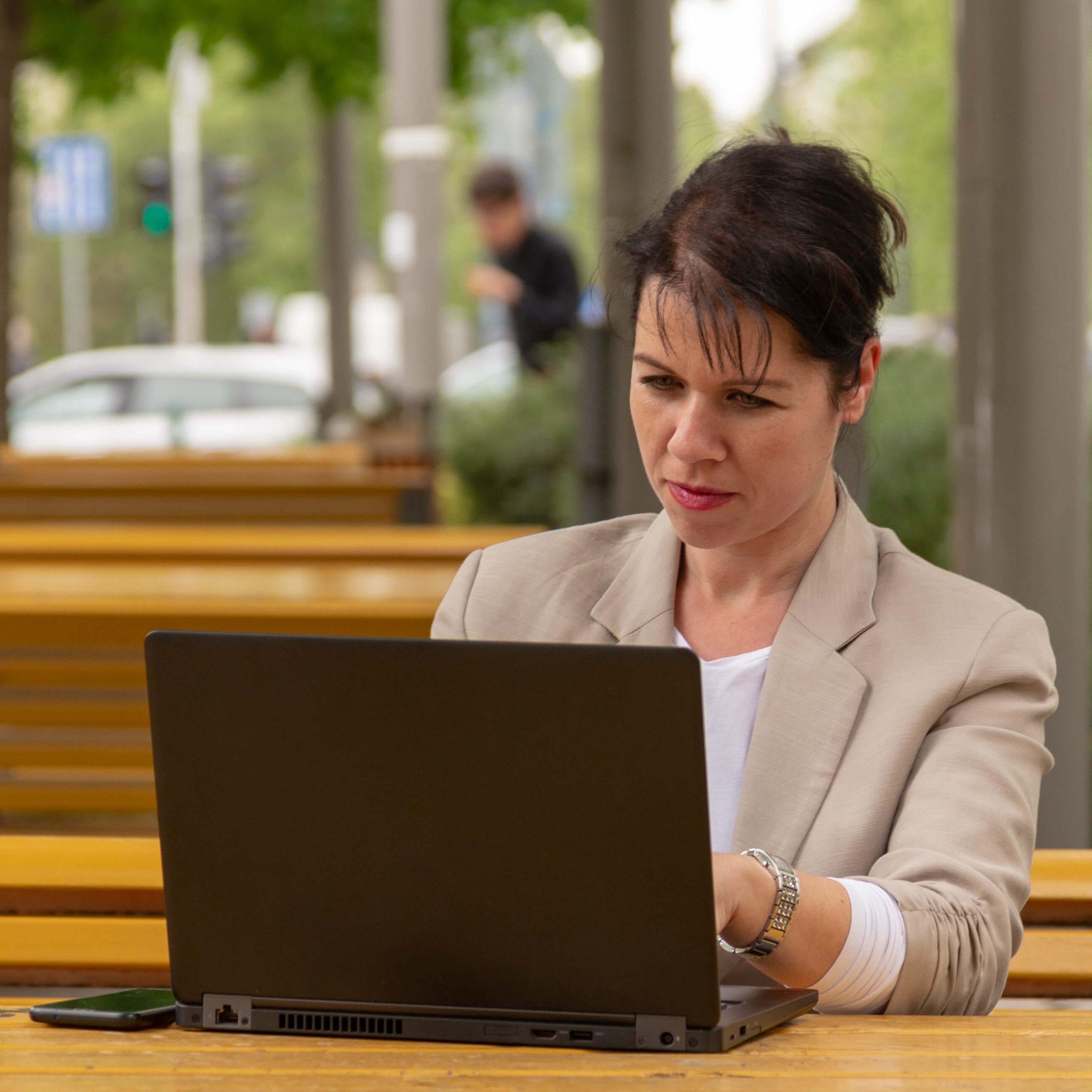 Lukáts Andrea Virtuális Asszisztens személyes tanácsadás